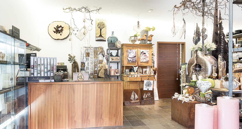 Deko cool stein garten deko auch schn neu pflanzen for Pflanzen dekoration wohnzimmer